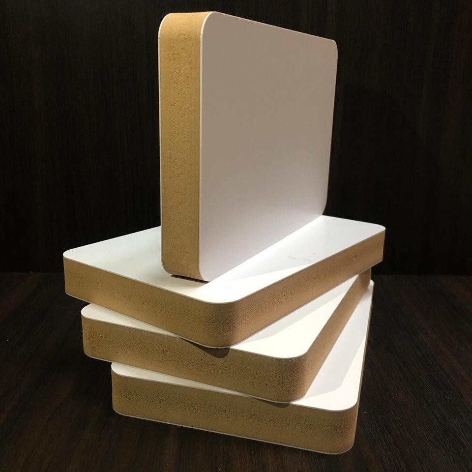 Tấm ván HWPC S8 là gỗ nhựa cao cấp nhất trên thị trường của gỗ nhựa S8