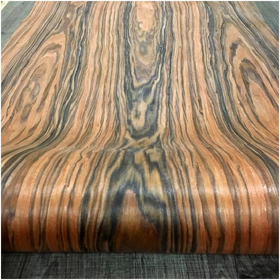 Veneer kỹ thuật vân gỗ Tử Đàn Vàng kt: 600*2500mm - VN 01
